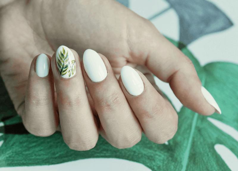 semilac manicure w liście