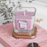Wiosenna kolekcja świec Yankee Candle Elevation Collection with Platform Lid